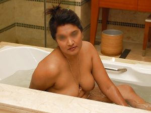 Big Tits Hot Indian Girl Shower Photos 3