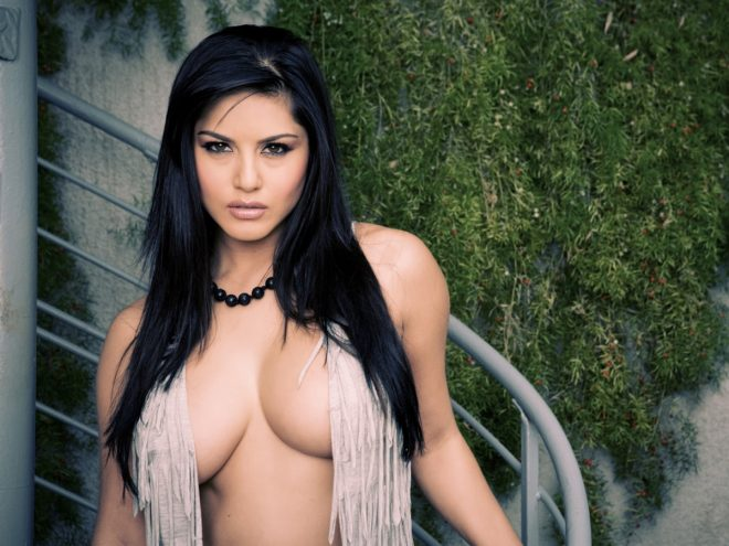 Sunny Leone Juicy Indian Babes Nude