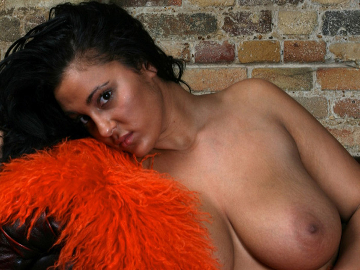 nude indian girl keira